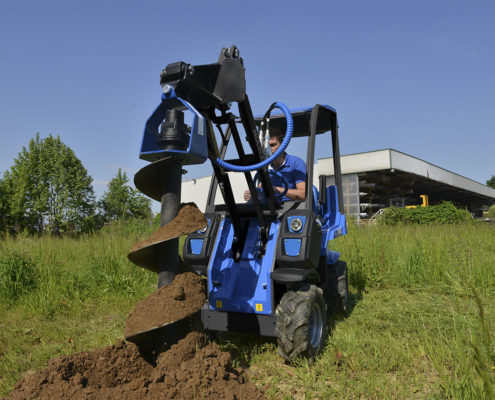 MultiOne mini loader 2 series with auger